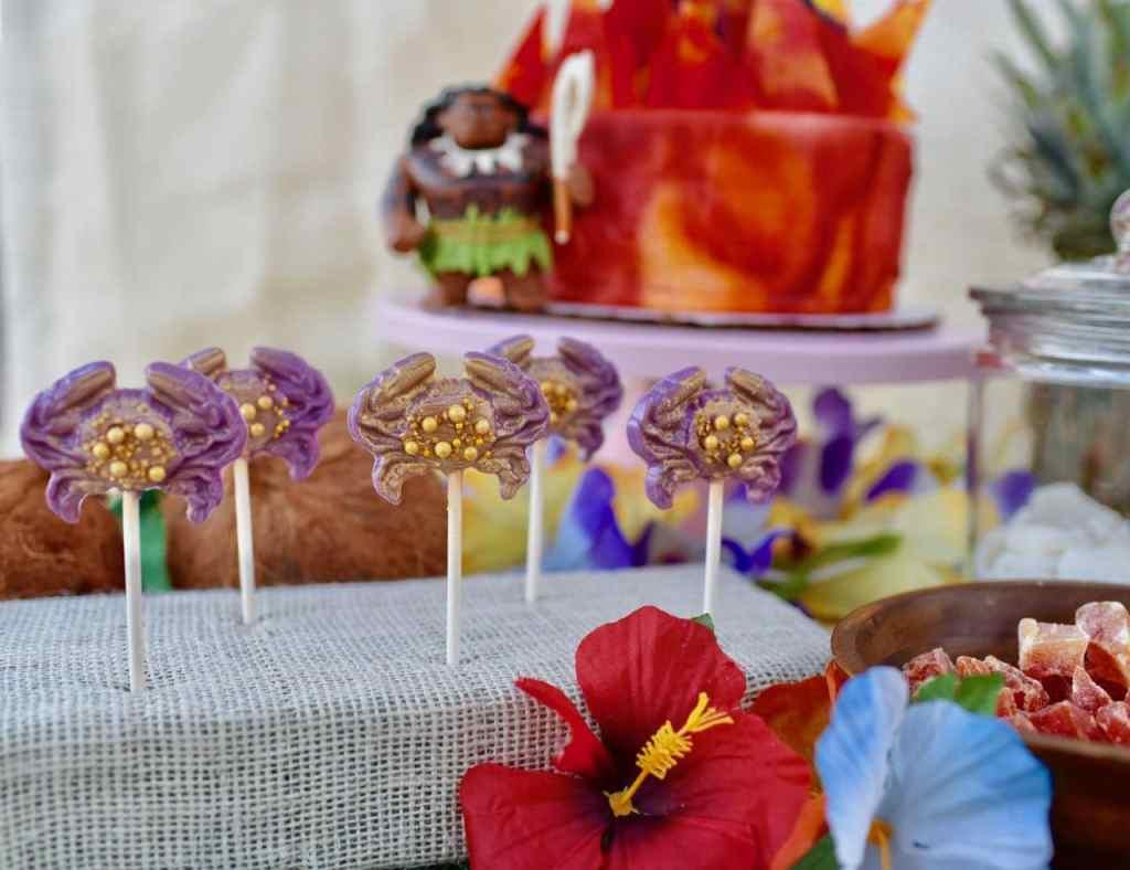 Moana birthday party food Tamatoa suckers tutorial