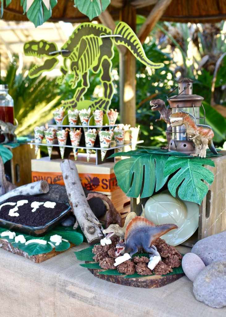 Dinosaur party ideas for a ROARing dinosaur party