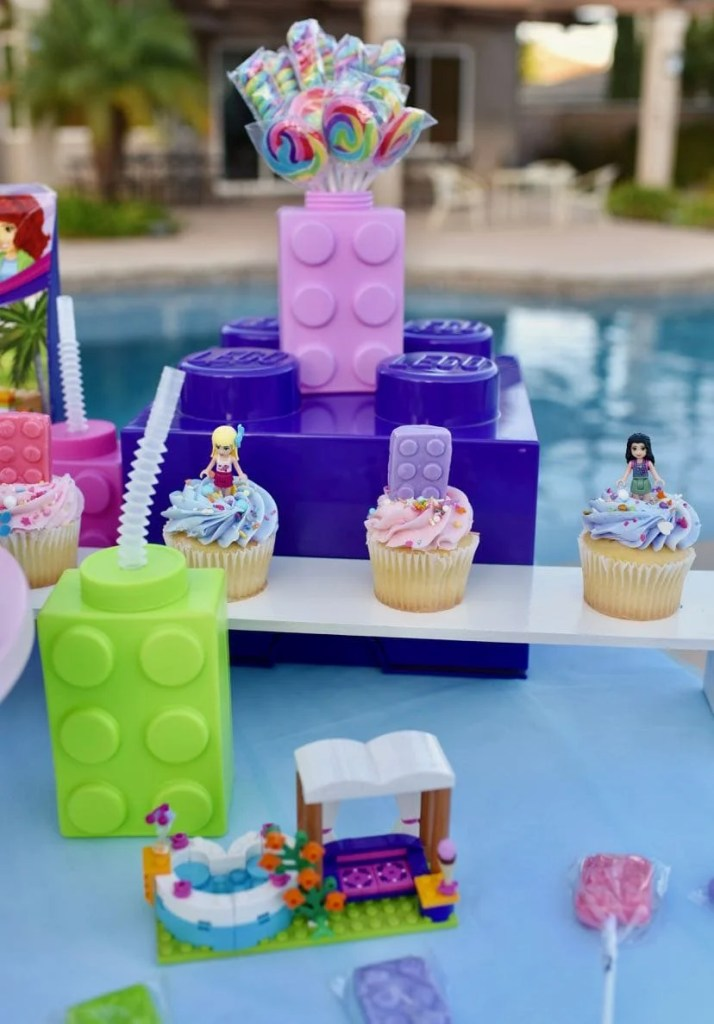 LEGO Friends party summer pool party
