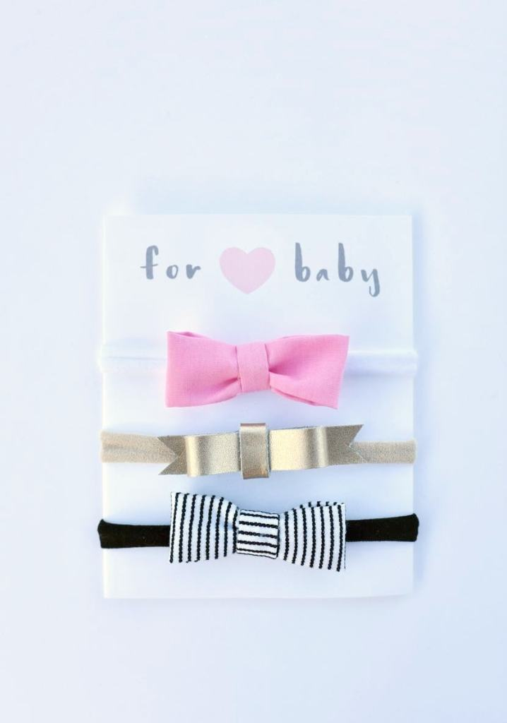 Easy no sew hair bow headbands for newborn babies and toddlers. So easy and cute!