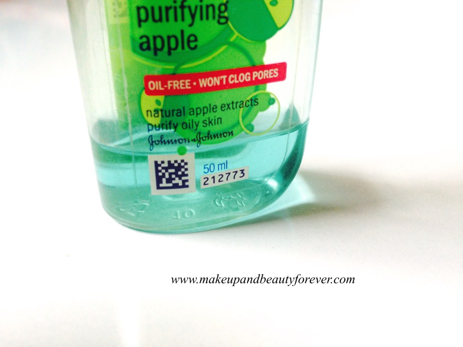 Clean and Clear Morning Energy Face Wash Purifying Apple Review 3