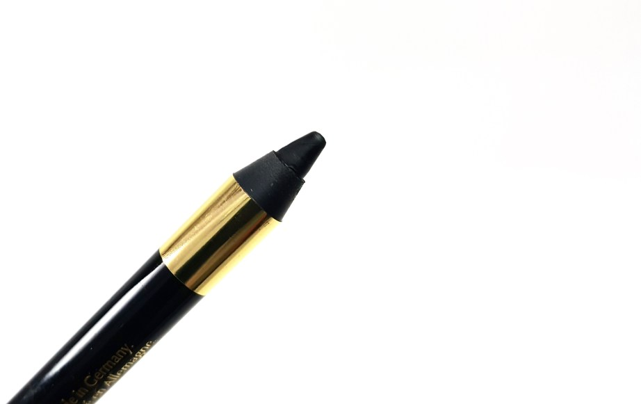L'Oreal Infallible Silkissime Eyeliner Black Noir Review Swatches focus