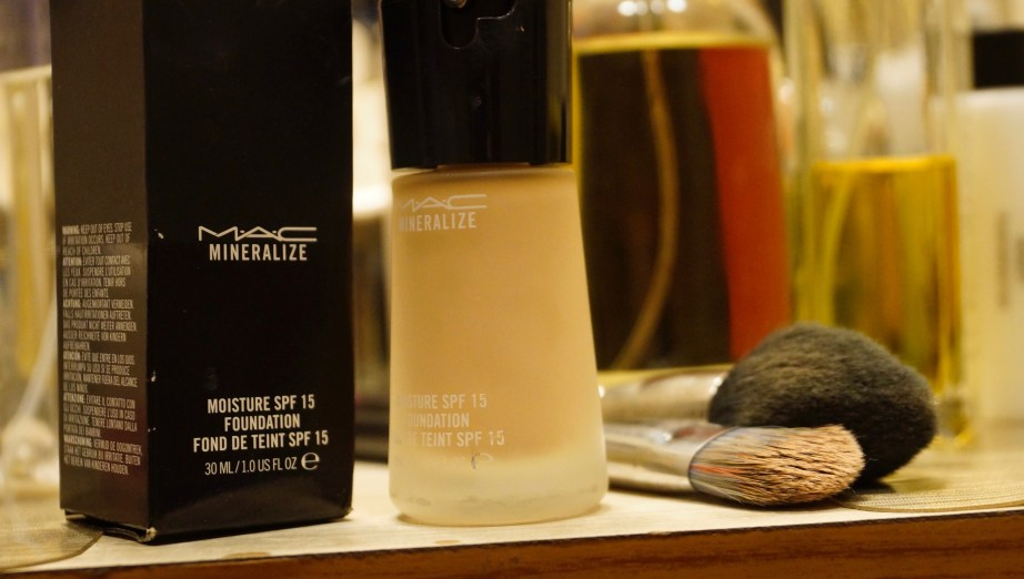 MAC Mineralize Moisture SPF 15 Foundation Review Swatches table vanity