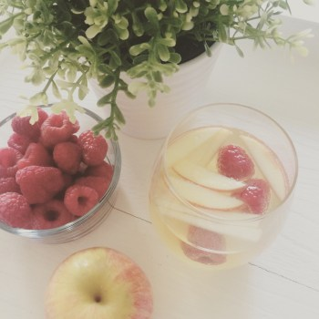 The Most Perfect Apple Sangria