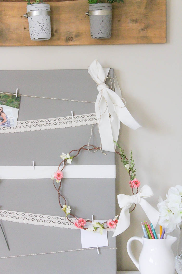 Floral Crown Inspired Spring Wreath | www.makingitinthemountains.com