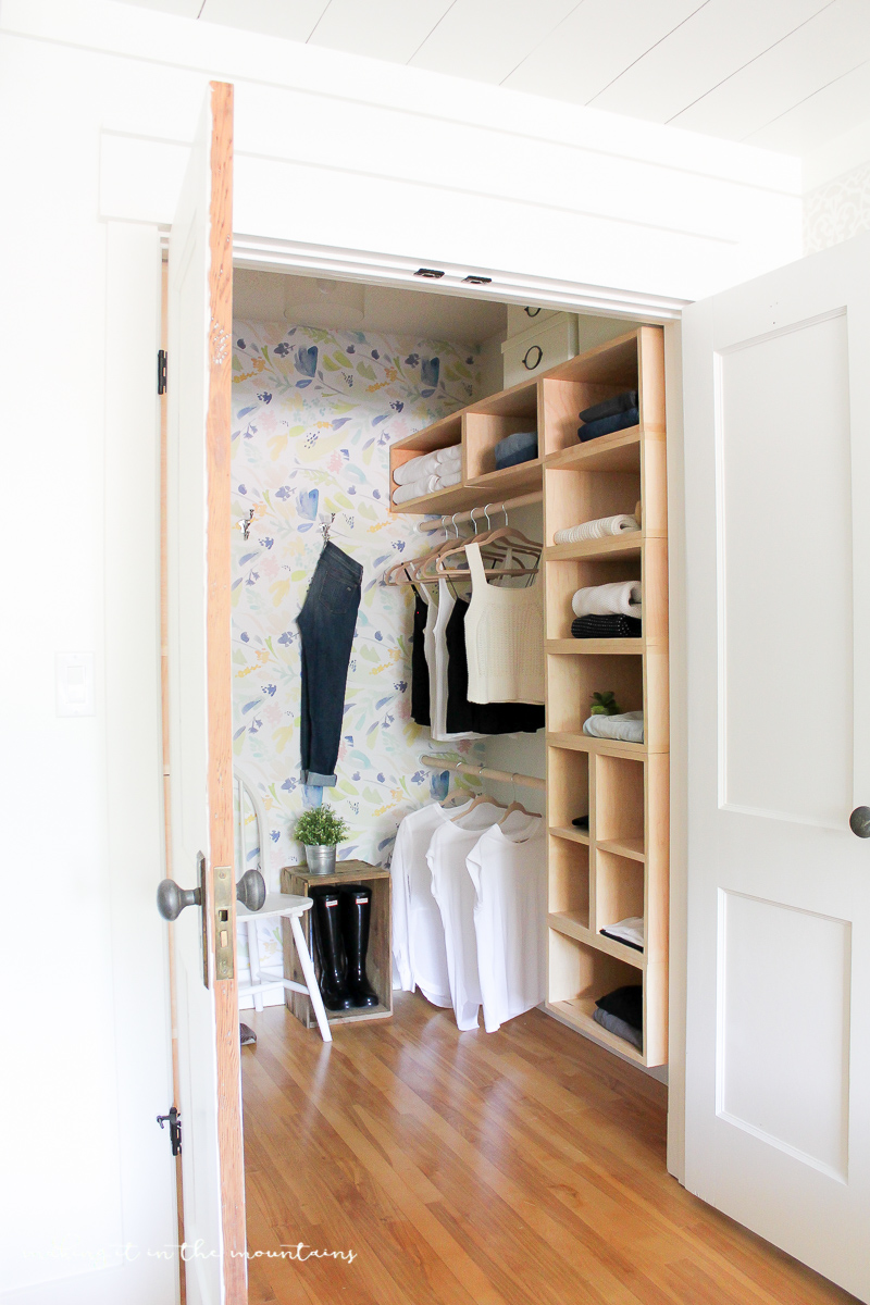 12 Ways to Organize your Closet with IKEA
