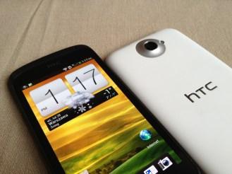 HTC One S X 03