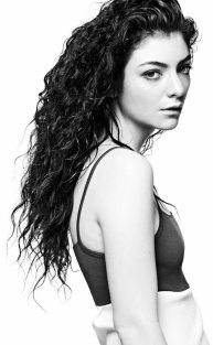 rs_634x1024-131218143410-634.lorde-v.cm.121813