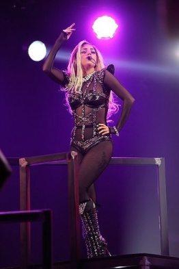 Lady-Gaga-30