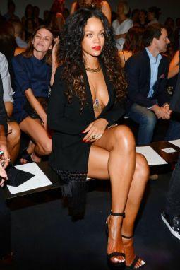 Rihanna-34