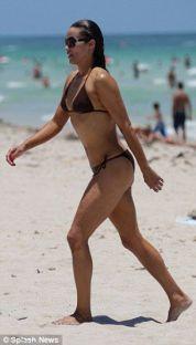 Paula-Patton-bikini
