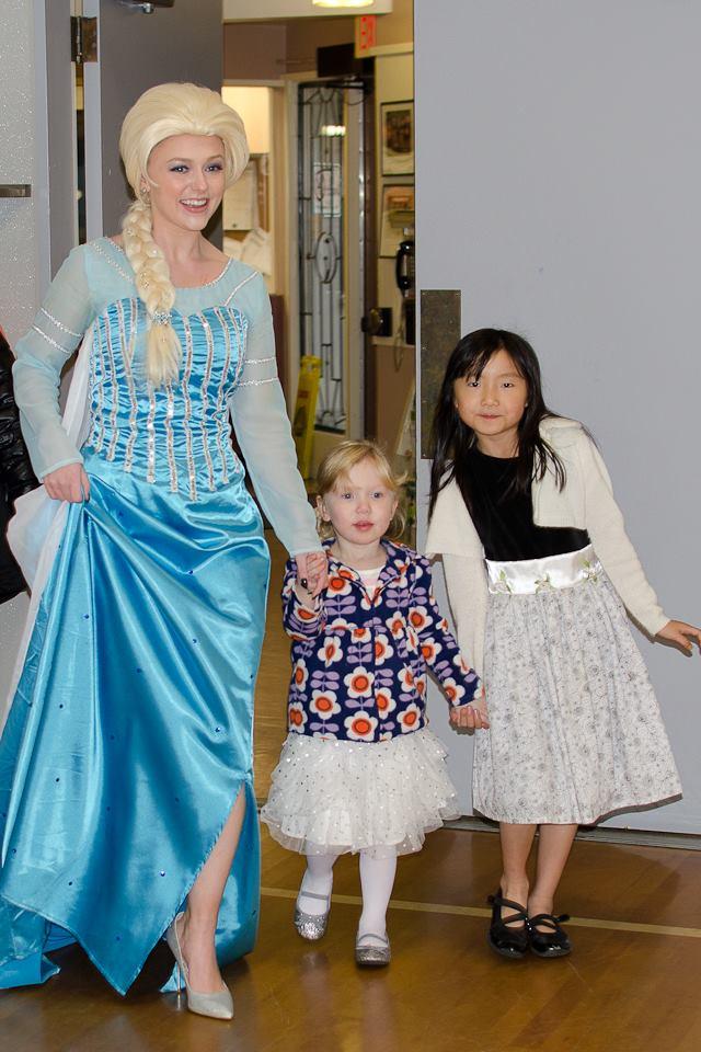 Queen Elsa entrance