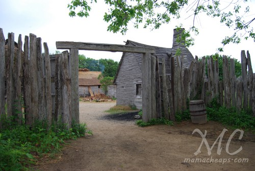 17th Century English Village Plimoth Plantation