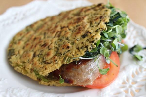 Arepa Fit de bróculi, cebollin y cilantro