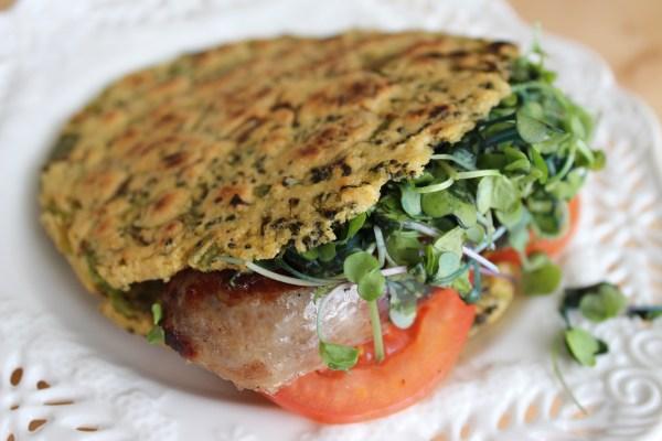 Arepa Fit de brocoli, cebollín y cilantro