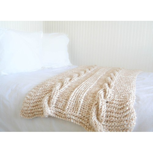Medium Crop Of Cable Knit Blanket