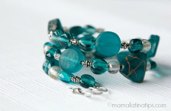 DIY green memory bracelet by mamalatinatips.com