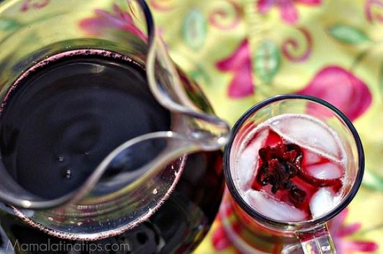 Agua fresca de jamaica by mamalatinatips.com