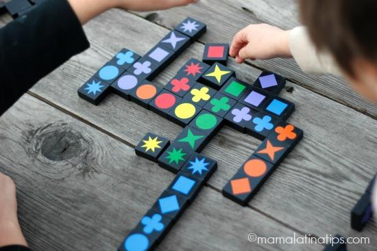 Qwirkle game - mamalatinatips.com