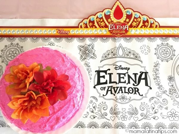 Pastel de Elena of Avalor - mamalatinatips.com