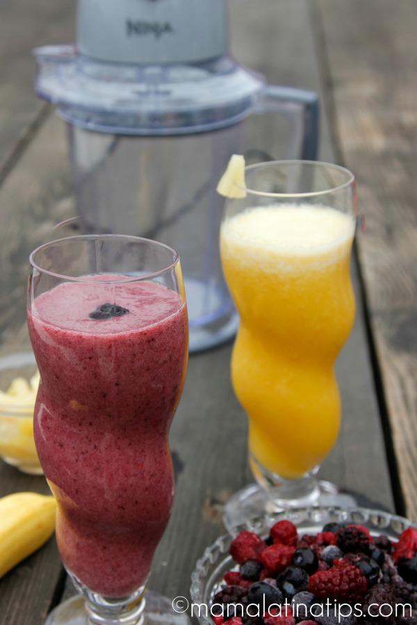 Smoothie bar by mamalatinatips.com
