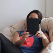 Livre papier ou livre numérique, faut-il vraiment choisir ?