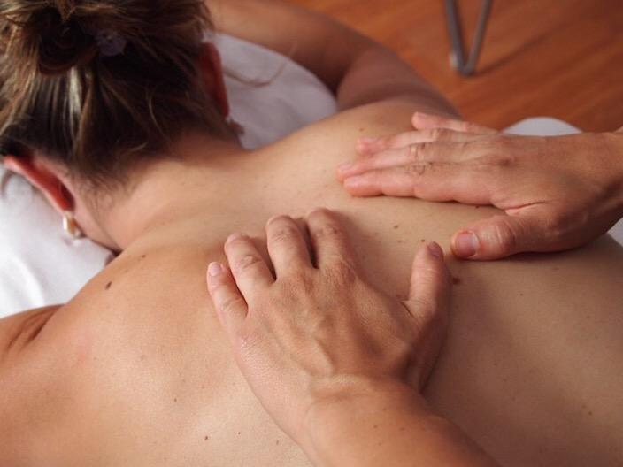 Hot stone oil massage, Max Therapy, Southland, Cheltenham