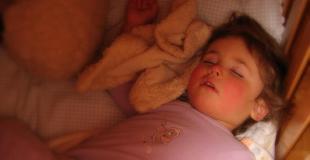 Tarde o temprano los niños duermen toda la noche