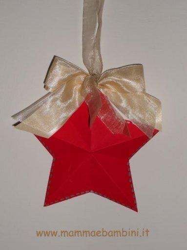 Stella di Natale facile da realizzare in lavoretti e addobbi natale
