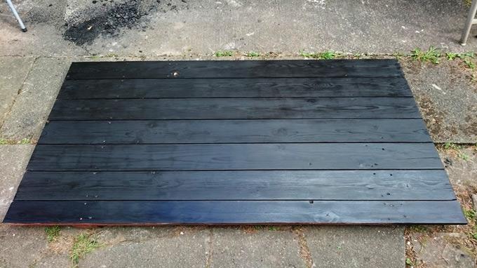 DIY table top painted in black wood stain