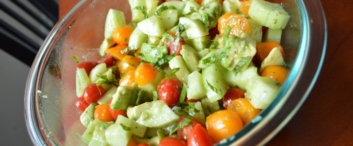Avocado Cucumber Tomato Summer Salad