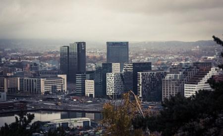 Flere har fått større problemer med å komme seg inn på boligmarkedet i Oslo etter mange år med sterk prisvekst. Ingvild Reymert spør om fremtidens Oslo vil bli en hovedstat kun for de med høy inntekt og formue. Foto: Gøran Berntsen/Flickr
