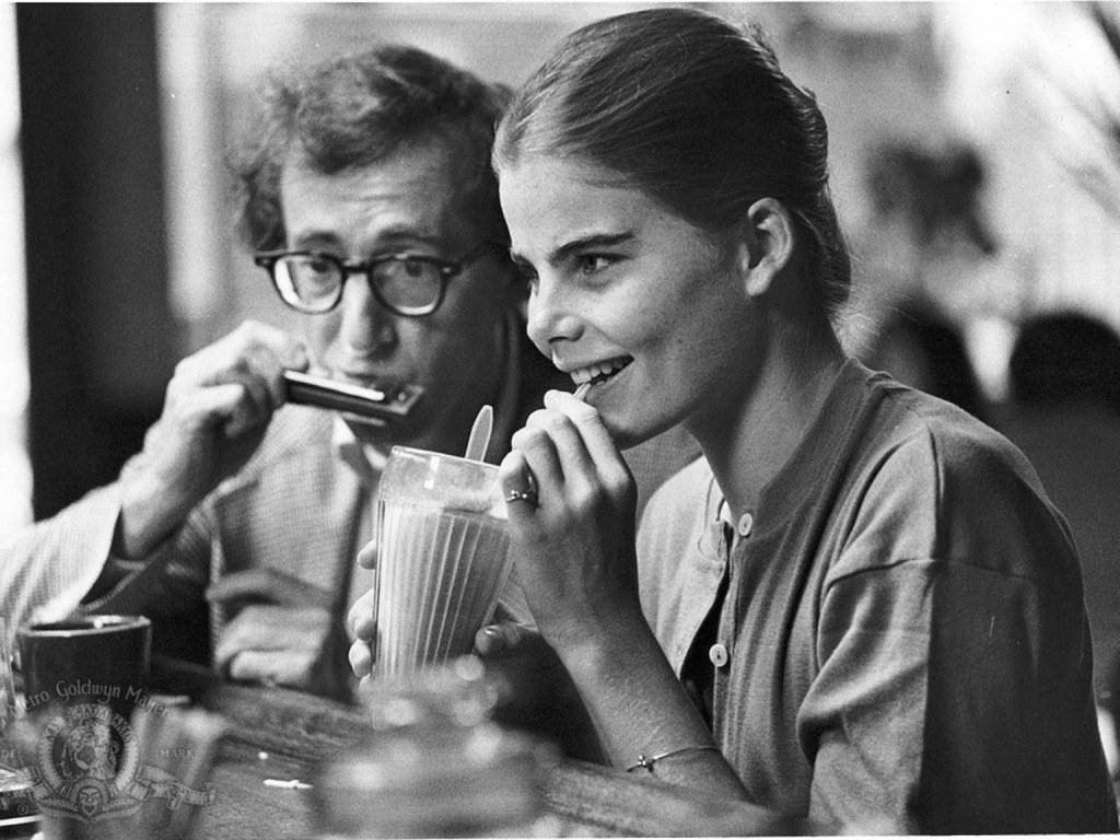 Woody Allen med Mariel Hemingway, den gang 16 år gammel, i filmen «Manhattan». Foto: Metro Goldwin Mayer