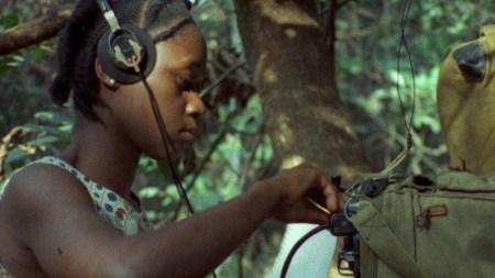"""Bilde fra filmen """"Concerning Violence"""" av Göran Olsson."""
