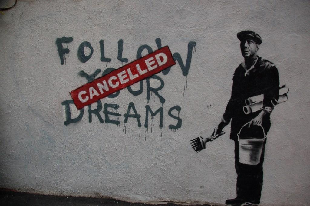 Follow Your Dreams CANCELLED av gatekunstneren Banksy. Foto: Chris Devers/Flickr