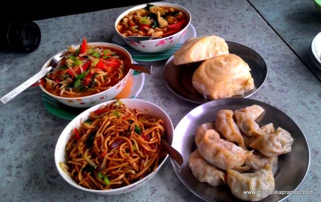 Tibetan food, Bir, Thenthuk, Thupka, Momos