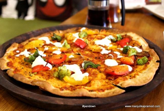 cheeseless-marvel-pizza-at-getafix-restuarant