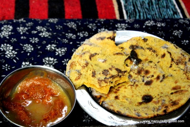 Missi roti and Jaggery with ghee
