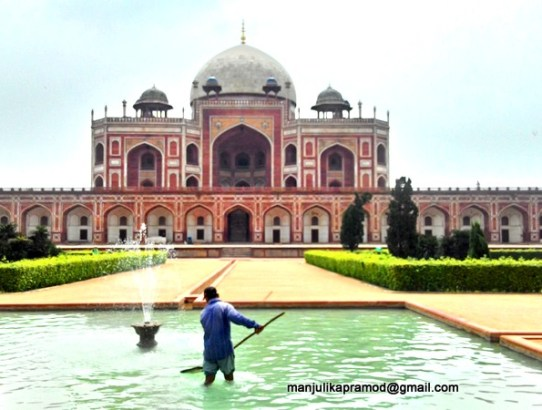 #HappyMove Begins At Humayun's Tomb