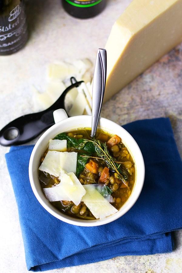 Loaded Lentil Soup|www.mannaandspice.com