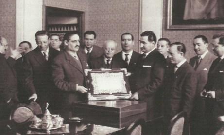 1959-Febrero 10-Bodas Oro.-Recepción Ayuntamiento Sevilla.-57Aniversario.
