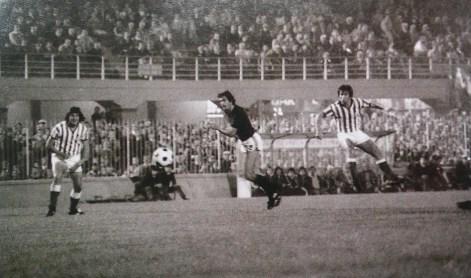 Javier López, el centrocampista de los goles decisivos, de Manolo Rodríguez