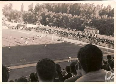 1956-Abril 01-2DGII.-Real Betis Balompié-4 CD Tenerife-1.-60Aniversario.