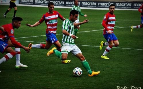 Galería de imágenes del empate del Real Betis B ante el Granada B (1-1)