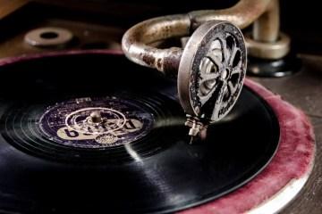 vinyl-761592_1920