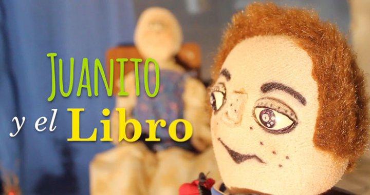 Juanito y  Libro en Centro cultural de San Antonio