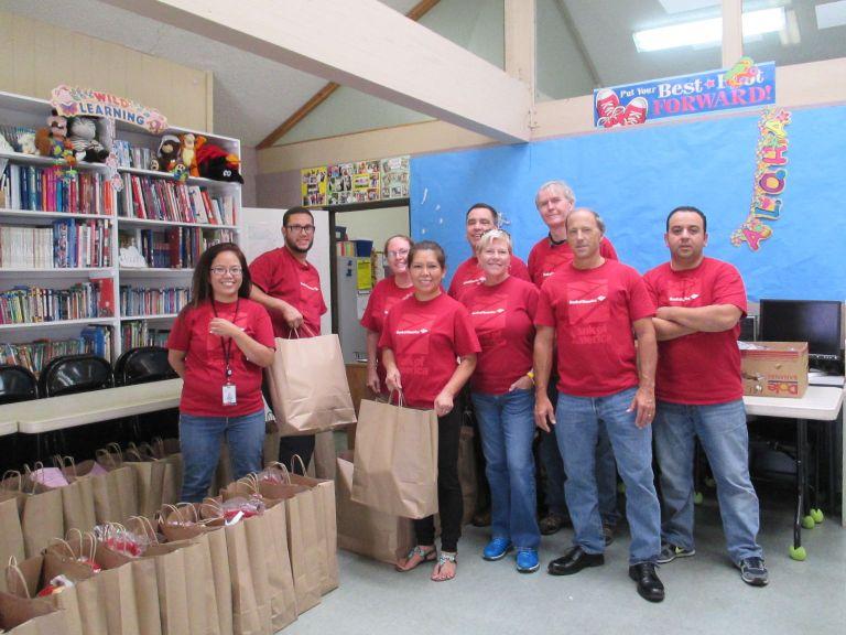 Bank of America volunteers