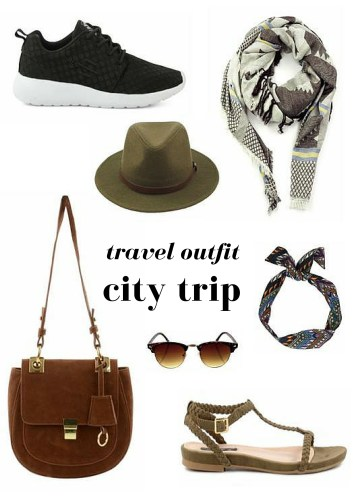 City trip travel outfit inspiration - Map of Joy