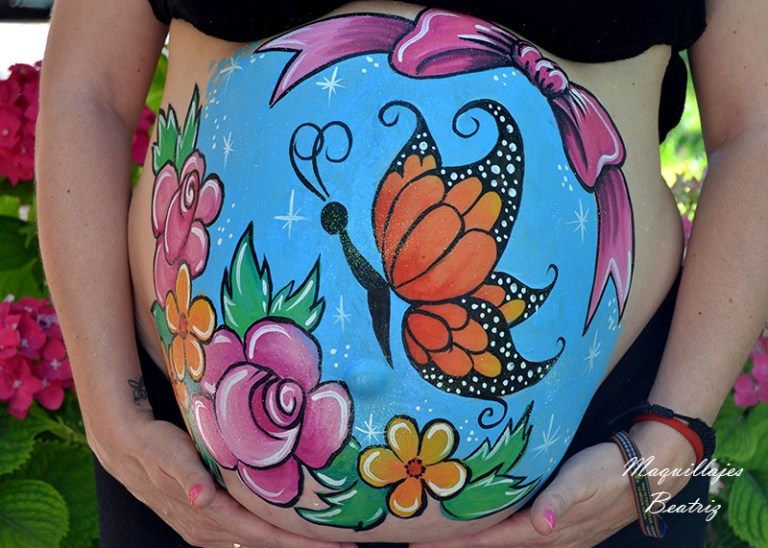 Bellypainting mariposa y flores