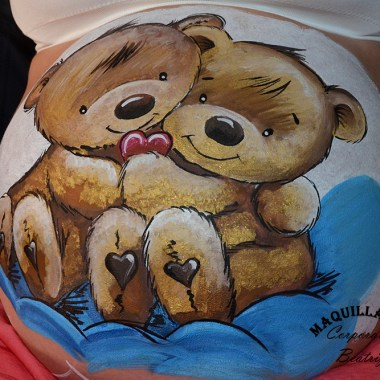 Maquillaje barriga embarazada osos mellizos